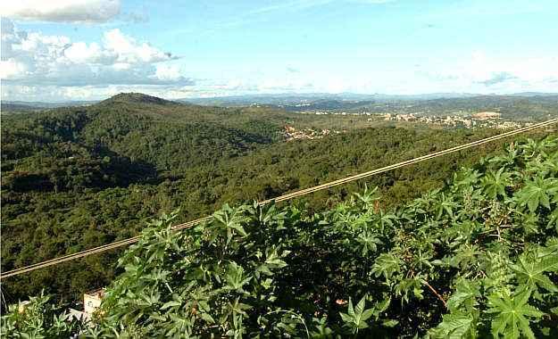 Vista aérea da Granja na Rodovia MG 020. Ocupação racional, organizada e sustentável foi a principal motivação da Prefeitura de Belo Horizonte, empreendedores e donos do terreno ao elaborar projeto do novo bairro (Gladyston Rodrigues/EM/D.A Press )