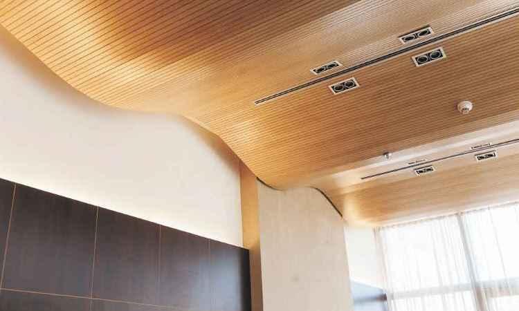 Painel acústico tem elevada absorção sonora e ajuda a melhorar a produtividade e qualidade de vida - OWA Sonex/Divulgação