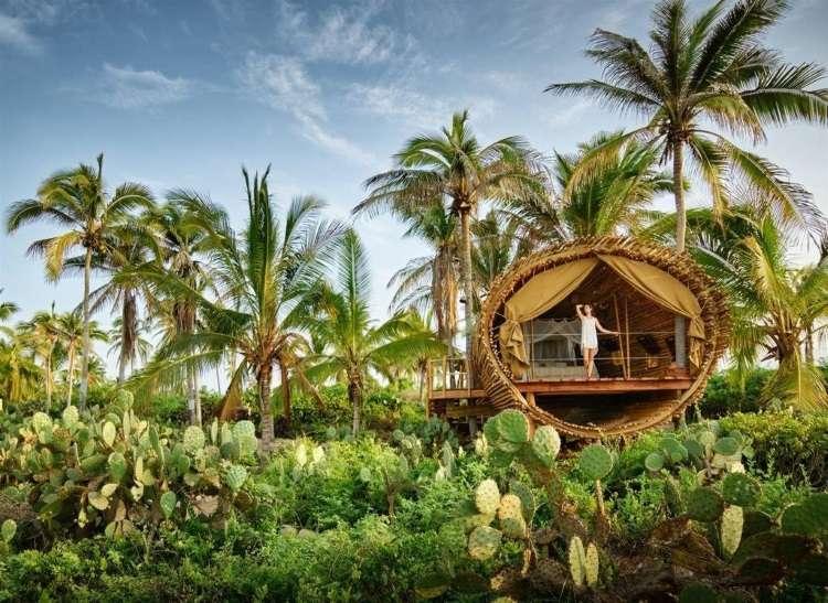 Hotel todo feito em bambu convida à experiência de um cenário deslumbrante