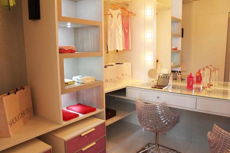 Closets bem montados deixam a casa organizada e muito mais bonita