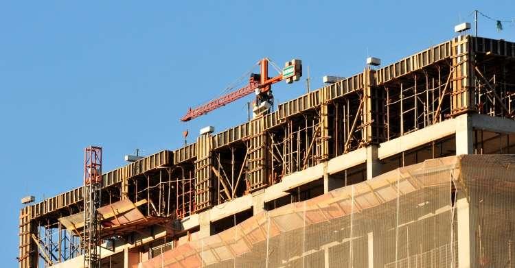 Expectativa positiva da indústria da construção avança pelo terceiro mês consecutivo