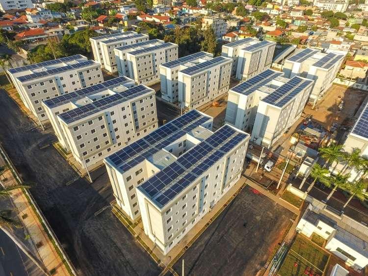 Sistema solar fotovoltaico é alternativa em condomínios para garantir menores gastos
